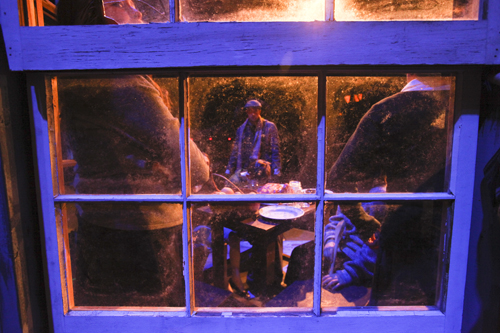 Scrooge 122009 Bob Cratchet's Family Window BLOG