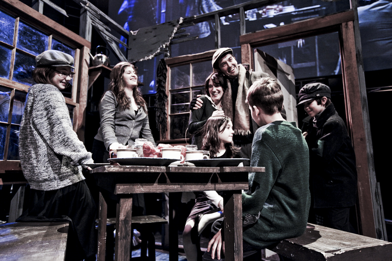 Scrooge 122009 Cratchit Family 2 EMAIL