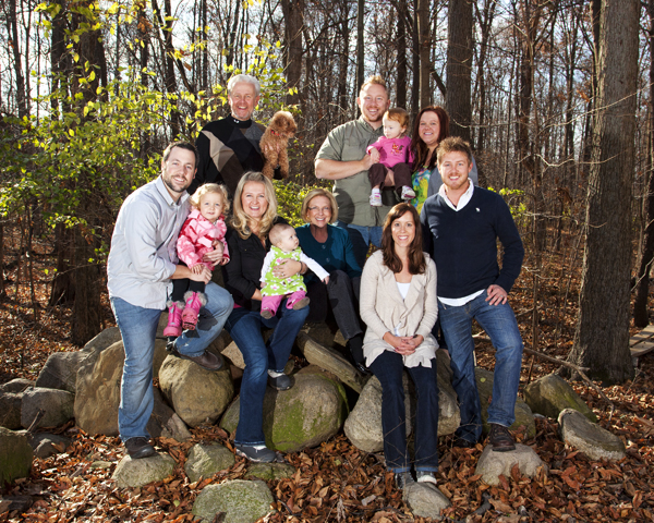 Family 112511 Thanksmas 1 8x10 blog