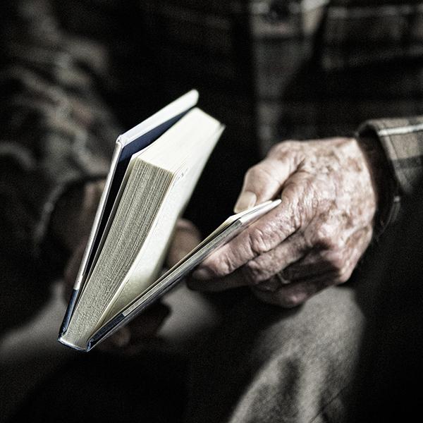 Papaw Hands 123113 1 blog