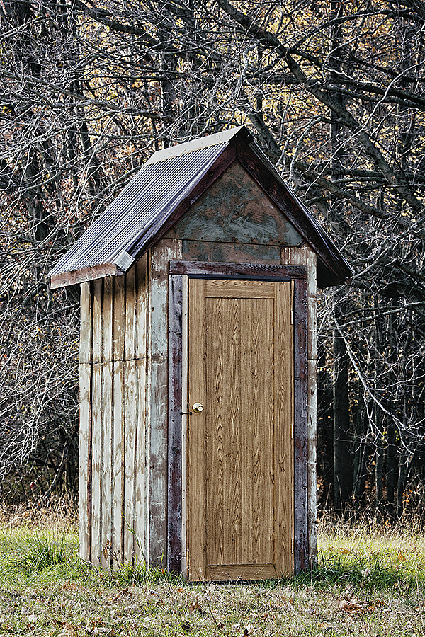 Outhouse 102314 NewDoor 1 BLOG