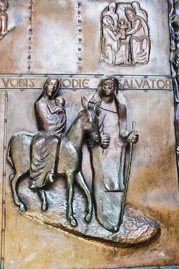 Announciation 05.14 Mary DOOR 1 blog