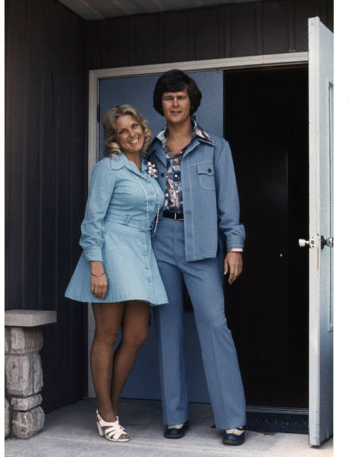 Mark_and_sheila_in_blue